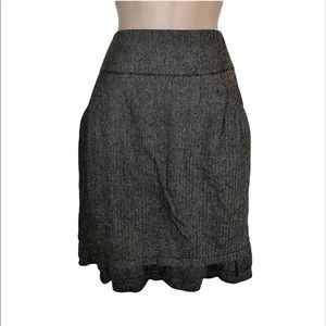 Dagg and Stacey gray tweed skirt with ruffle bottom skirt size Large